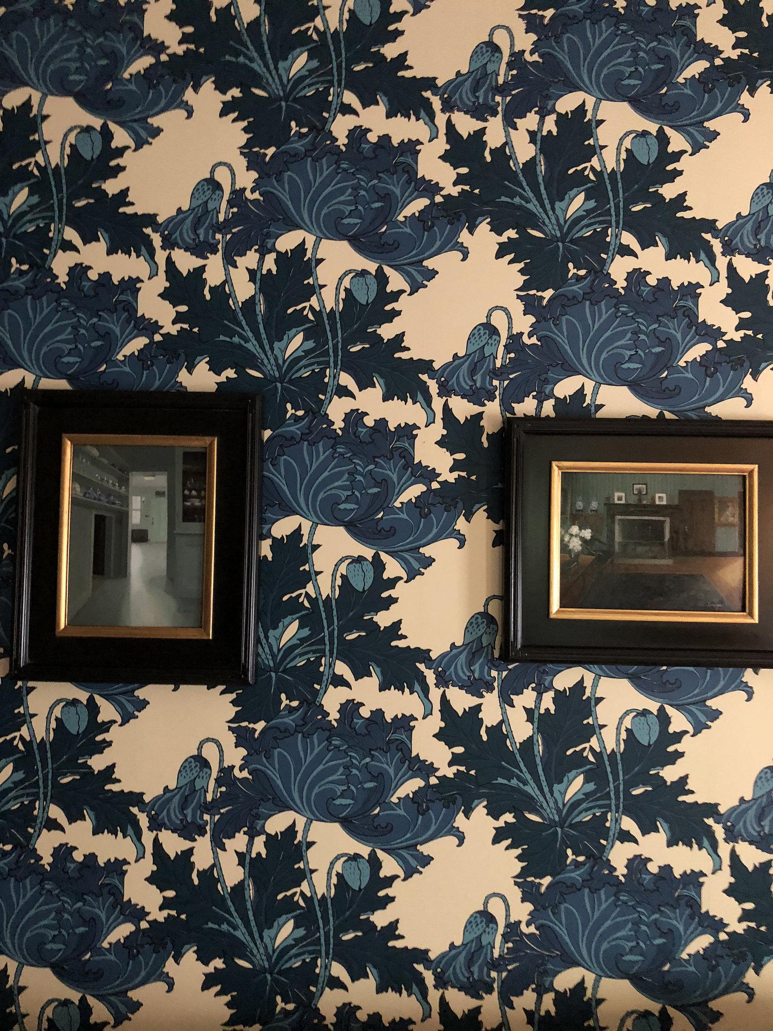 Wallpaper in Weir's house